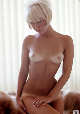 Blonde nude self pic tiny tit