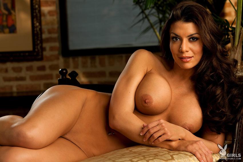 sweet plump girl naked